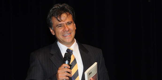 Carlos Cuauhtémoc Sánchez en Cusco