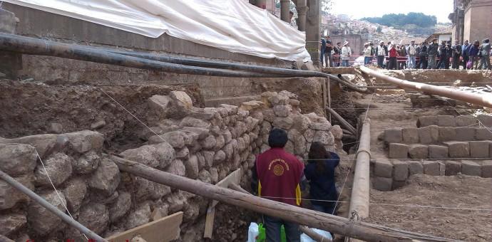 Razones que sustenta el Ministerio de Cultura del Cusco para soterrar todo lo descubierto en la calle Mantas