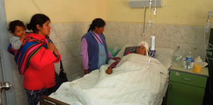 Heridos del sismo de Paruro se recuperan en el Hospital Regional del Cusco