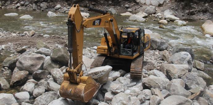 En Machu Picchu aceleran trabajos de descolmatación en riberas del Vilcanota