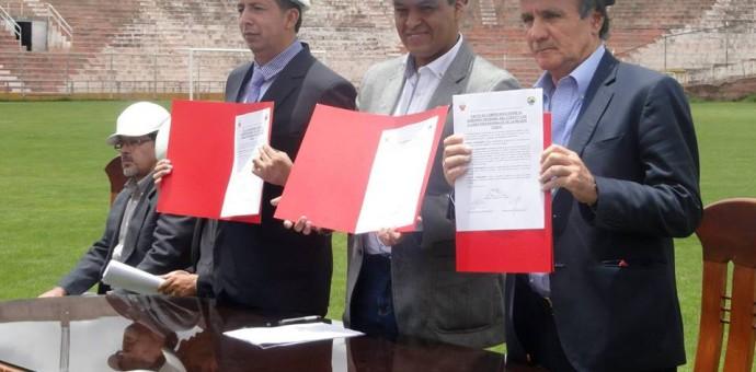 Gobierno Regional firmó convenio con Cienciano y Real Garcilaso