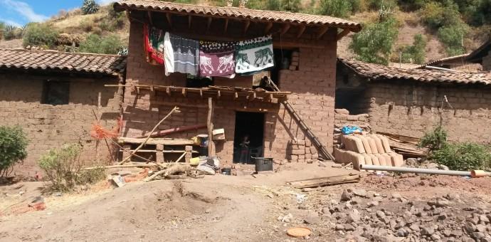 Un millón de peruanos dejó de ser pobre entre los años 2011 y 2013 según el INEI
