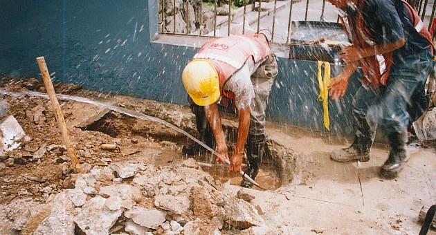 SUNASS exhorta a denunciar conexiones clandestinas de agua potable y alcantarillado