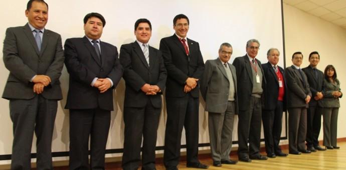 Presentan a nuevo presidente y vice presidente de la Caja Cusco