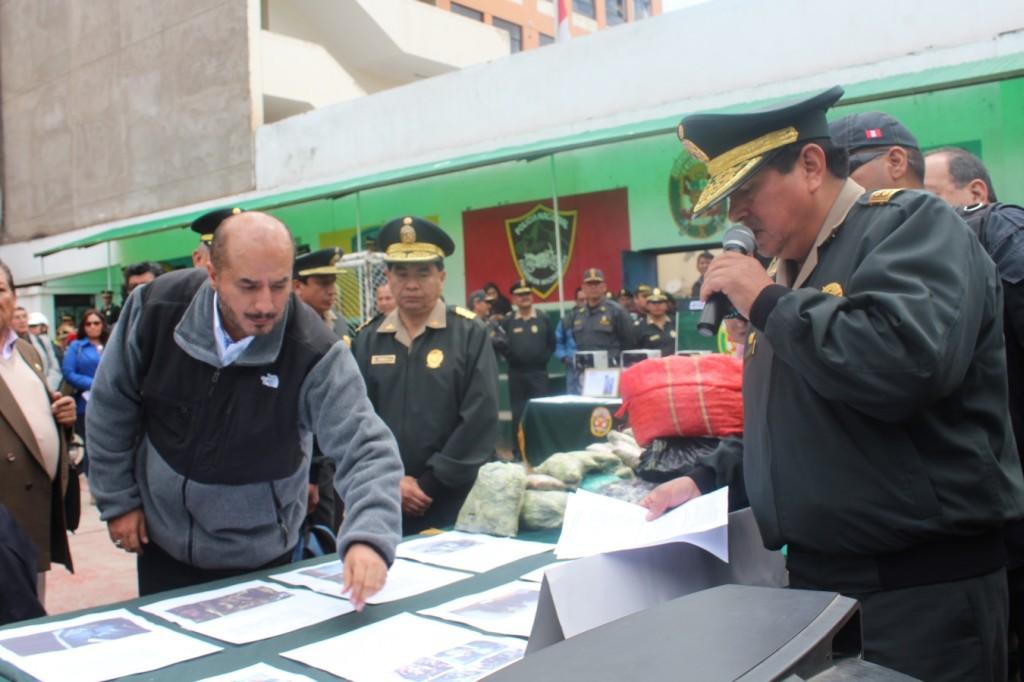 Ministerio del interior entreg 53 motocicletas a la for Ministerio del interior peru