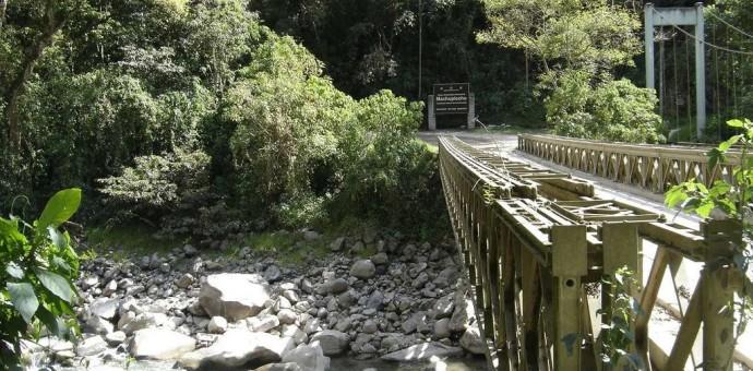 Puente Ruinas de Machu Picchu será cambiado por otro nuevo y mas moderno