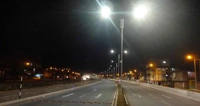 Se inició la iluminación led de la avenida de Evitamiento