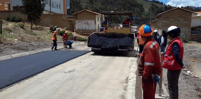 Gobierno Regional anuncia que asfaltará la vía Cusco-Ccorca