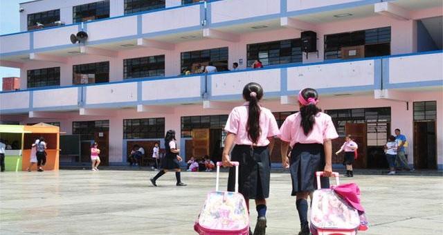 Más de 6 millones de escolares vuelven a clases en todo el país