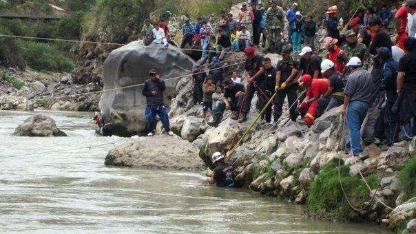 Continúan labores de rescate de personas desaparecidas en accidente en Vilcabamba