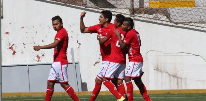 Cienciano del Cusco venció en su partido de presentación al Deportivo Municipal