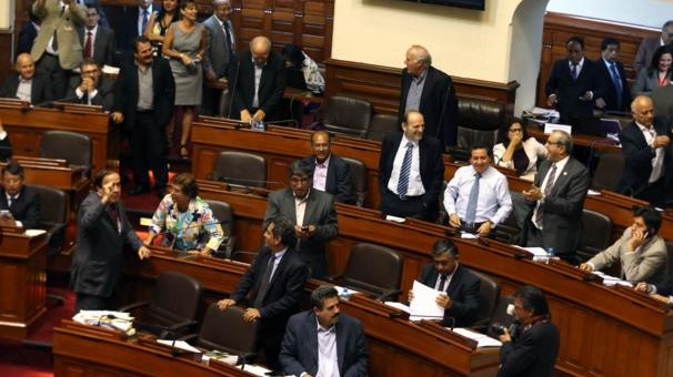 Congreso aprueba por insistencia retiro del 95.5% de fondos de las AFP