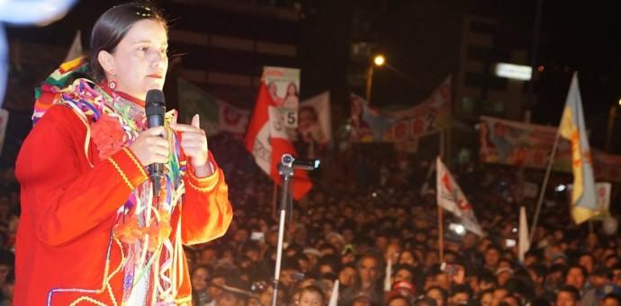 Verónika Mendoza votará en el colegio Diego Quispe Tito de San Sebastián del Cusco