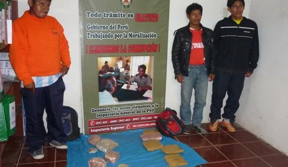 Detienen a 3 ayacuchanos con 10 kilos de pasta básica de cocaína en Paucartambo