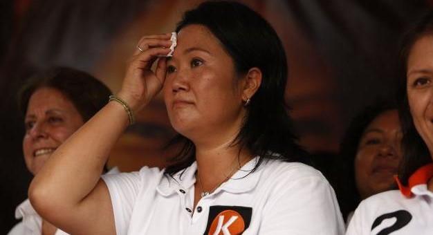 Lanzan huevo a Keiko Fujimori en la ciudad de Andahuaylas-Apurímac