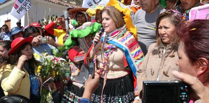 Mercedes Araoz en Cusco ratificó propuesta de  poner en vigencia la muerte civil para corruptos