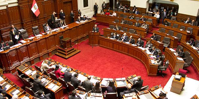 Congreso aprueba imprescriptibilidad de delitos de corrupción que afecten al Estado