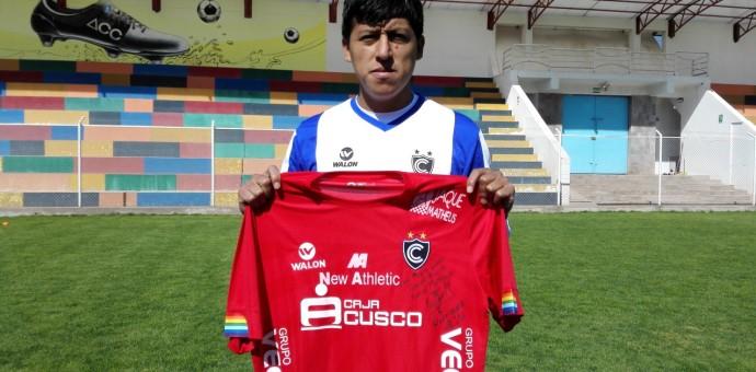 «Luchín» Castillo vuelve a vestir la camiseta del Cienciano del Cusco