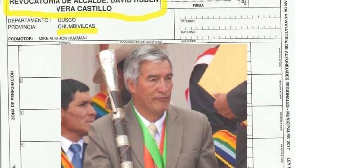 Adquieren kit electoral para solicitar la revocatoria del alcalde de Chumbivilcas David Vera