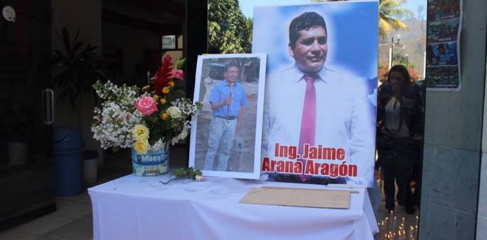 Intensa búsqueda a los trabajadores desparecidos en el naufragio en Echarate