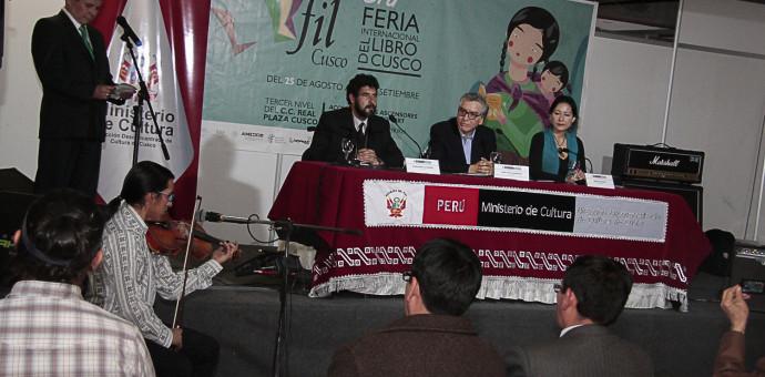 Se inauguró la Feria Internacional del Libro en medio de gran expectativa