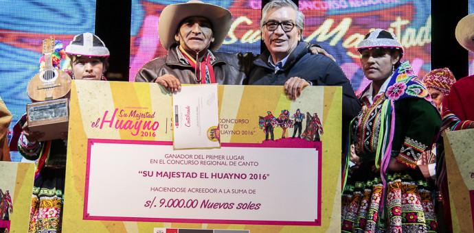 Conjunto Los Altivos de Canas ganó concurso de canto Su Majestad el Huayno