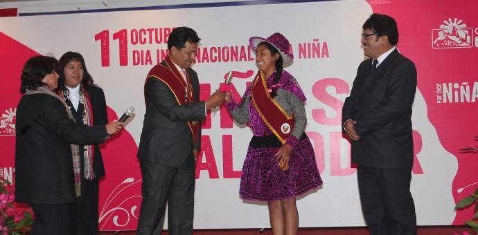 Estudiante de Chumbivilcas asume de forma simbólica presidencia regional