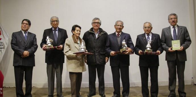 Dirección de Cultura del Cusco otorgó reconocimiento a fundadores de Tinkuy