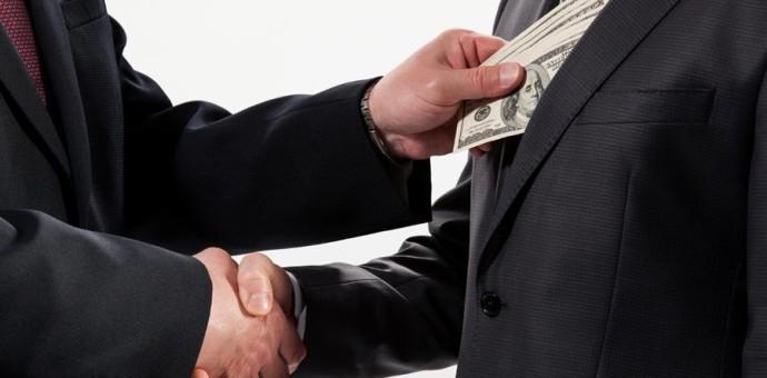 Personas condenadas por corrupción no podrán participar como postores o contratistas