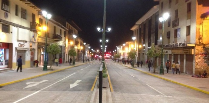 Avenida Túpac Amaru contará con moderna tecnología de iluminación LED