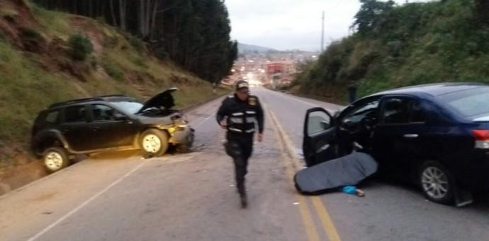 Poroy: Choque frontal de dos vehículos deja el saldo de una persona fallecida y varias heridas