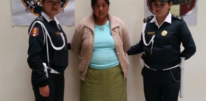Capturan a mujer que hurtó mochila de turista española dentro de policlínico