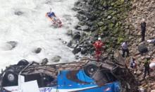 Lamentable. Reportan 36 personas fallecidas en accidente en el serpentín de Pasamayo