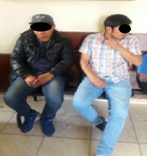 Capturan a dos sujetos en San Sebastián que habían sustraído 2 celulares a una joven