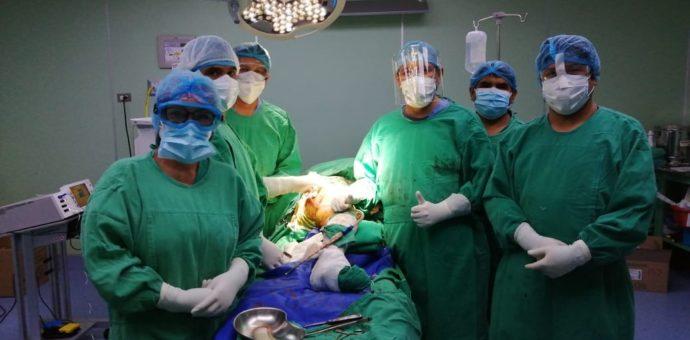Cirugía de prótesis total de cadera se realiza en hospital de Cusco
