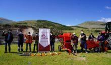 Las Bambas dona maquinarias y herramientas agrícolas a la comunidad Manuel Seoane Corrales, Challhuahuacho