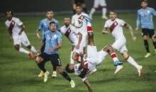 Perú apenas pudo empatar 1-1 con Uruguay con gol de chalaca de Renato Tapia