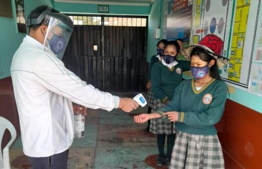 Cusco es la primera región del país en iniciar labores educativas semi presenciales