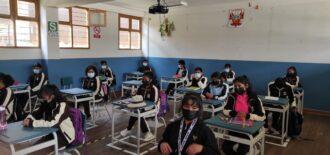 1 378 instituciones educativas del Cusco iniciaron labores semi presenciales