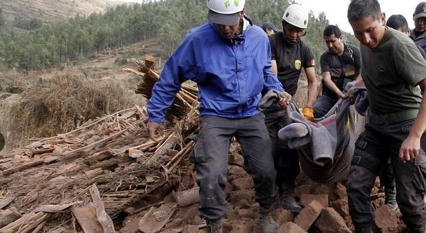 PCM declara en emergencia localidades afectadas por sismo en Paruro
