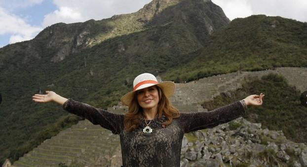 Gloria Trevi califica de increíble a la ciudadela inca de Machu Picchu