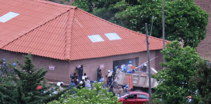 Paralizan construcción clandestina en la zona de P'uqro de Sacsayhuaman