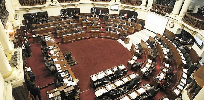 Gana Perú presentó proyecto de ley para prohibir reelección inmediata de congresistas