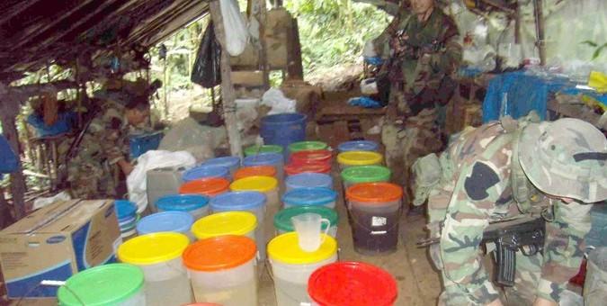 Fuerzas del orden destruyen laboratorio clandestino en distrito de Pichari