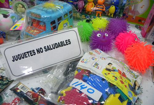 Incautan 5 mil juguetes tóxicos ante proximidad de fiestas de fin de año