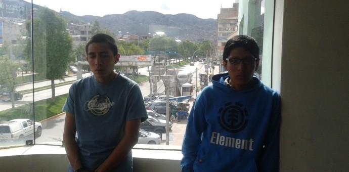 Capturan a dos jóvenes que robaron una motocicleta en San Jerónimo