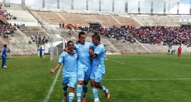 Real Garcilaso apabulló 4-0 a Universitario de Deportes por la Copa Inca 2015