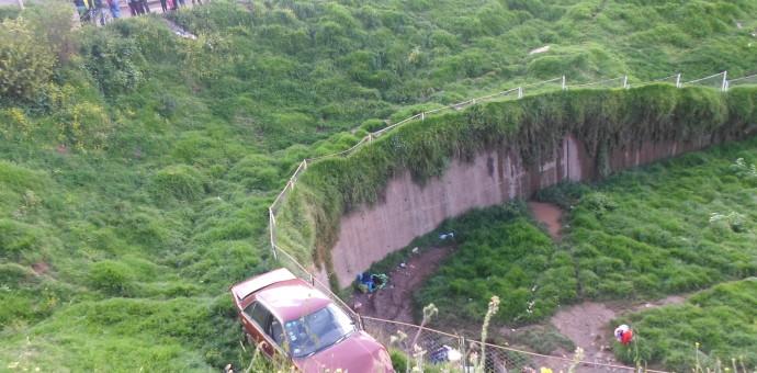 Vehículo se despistó en el sector de Qorimachaqwayniyoq en Santiago