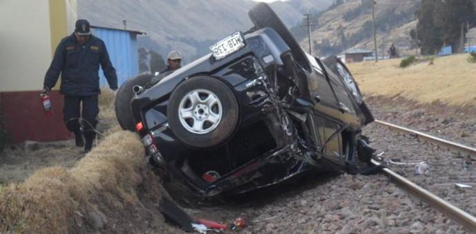 Aparatoso accidente en el distrito de Maranganí deja dos heridos