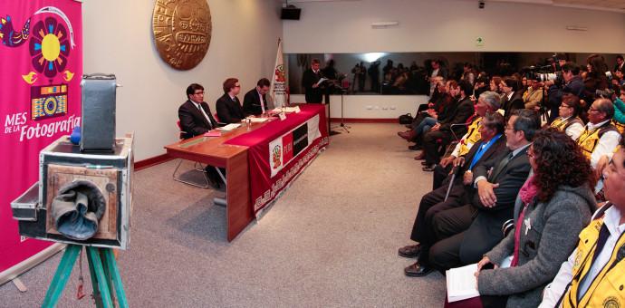 En el Día de la Fotografía, Ministerio de Cultura distinguió a 6 personalidades